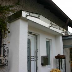 Vordach aus Edelstahl